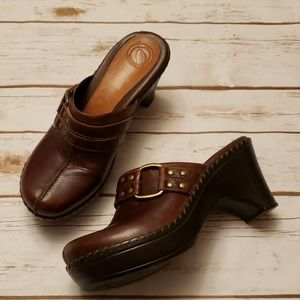 Nurture Brown Leather Clogs